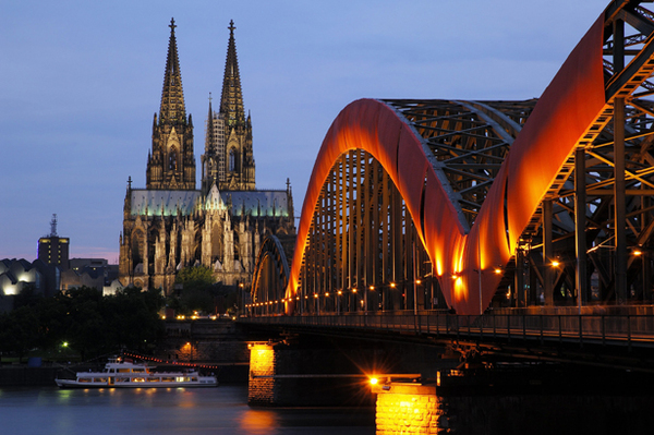 Cathedral of Cologne and Hohenzollern bridge.  Cologne, Baden-Wurttemberg, North Rhine-Westphalia, Germany